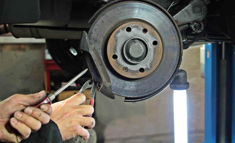 Na co zwrócić uwagę wybierając mechanika samochodowego